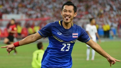 Thailand defends SEA Games football title