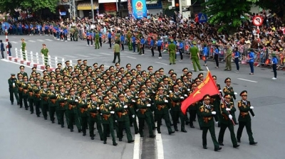 Parade marches through Hanoi's streets on National Day