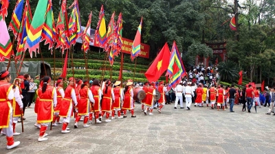 Beauty of Vietnamese traditional customs and ancestral worship