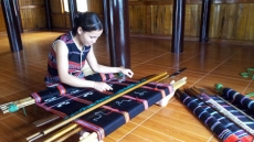 Ta Oi people's brocade weaving craft recognised as national cultural heritage