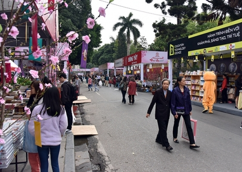 Spring Book Street – A destination for book lovers