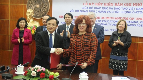 Australia helps Vietnam enhance quality of online education