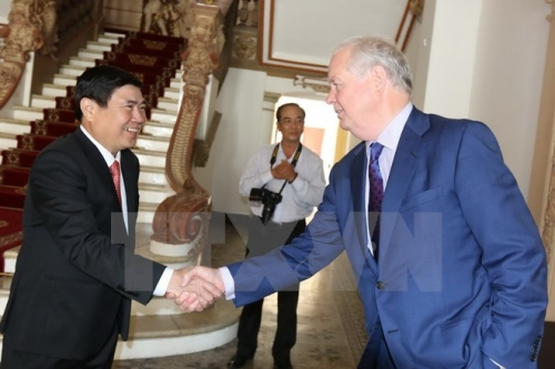 HCM City leader vows support for Fulbright University project