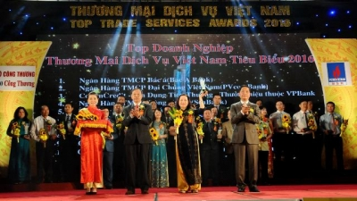 Vietnam Top Trade Services Awards honour over 100 typical enterprises and entrepreneurs