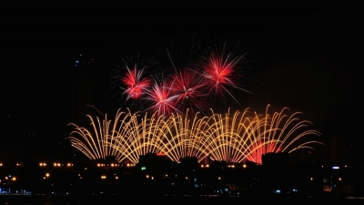 Pyrotechnics provide a treat of music and light at Da Nang Firework Festival