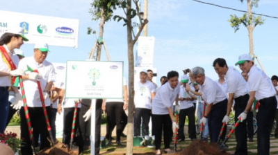 Trees planted in Ba Ria-Vung Tau on World Environment Day