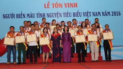 Programme honours outstanding voluntary blood donors