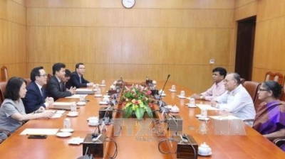 Bangladeshi Communist Party leader welcomed in Hanoi