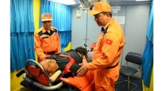 Unconscious Indonesian boatman rescued on Vietnam's waters