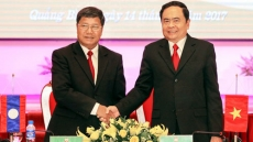 Vietnam, Laos enhance cooperation in building order areas