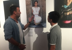 French photographer's exhibition highlights Vietnamese heritages