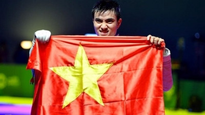 Fencer Vu Thanh An named Vietnam's flag bearer at 29th SEA Games