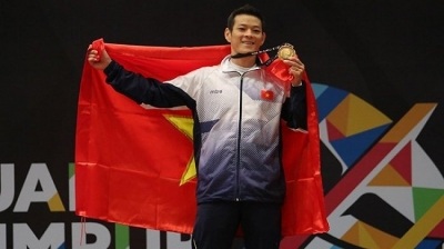 Thach Kim Tuan secures Vietnam's first weightlifting gold medal