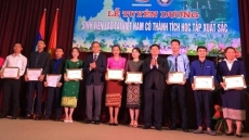 Outstanding Lao students honoured in Hanoi