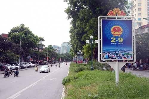 Many playgrounds in Hanoi attract visitors during the holiday season