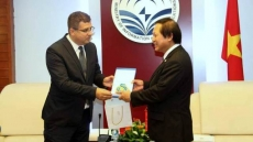 Vietnam, Hungary step up ICT cooperation