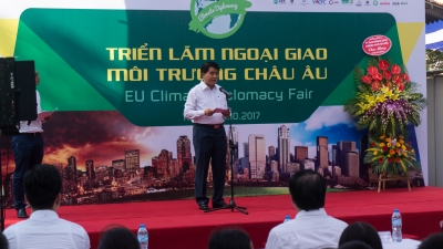 Climate fair introduces solutions towards climate change response in Vietnam
