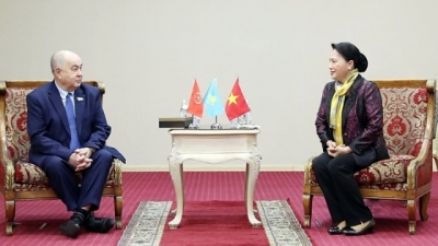 Top legislator concludes official visit to Kazakhstan