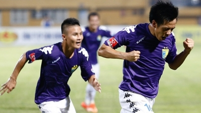 V-League: Hanoi FC take top spot after resounding win