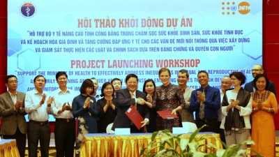 US$6.4 million project launched to support reproductive health and family planning in Vietnam