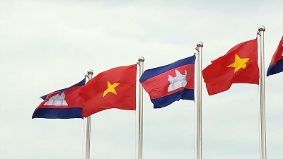 Vietnam - Cambodia trade and investment forum opens