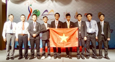 Vietnam students bring home IOAA prizes