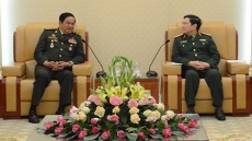 Defence Minister receives Lao, Cambodian war veterans