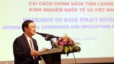 Salary policy reform highlighted at conference