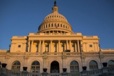 U.S. government shuts down amid polarised political fights