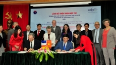 France strengthens support to Vietnam against HIV/AIDS and hepatitis