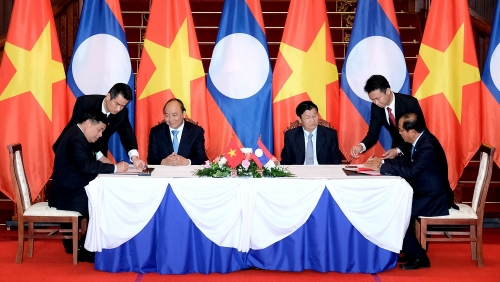 February 5-11: Vietnam-Laos Inter-Governmental Committee open 40th meeting