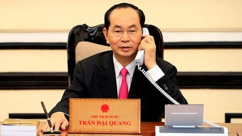President Tran Dai Quang holds phone talks with US counterpart