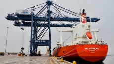 Cai Lan port loads first shipments in Lunar New Year