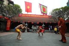 Annual wrestling festival in Mai Dong Village