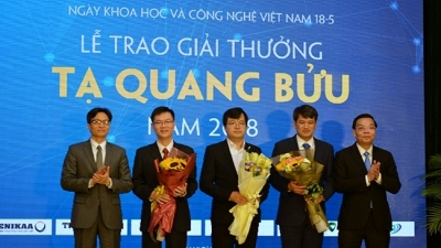 Three scientists honoured with 2018 Ta Quang Buu Award