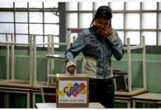 Venezuela kicks off presidential elections
