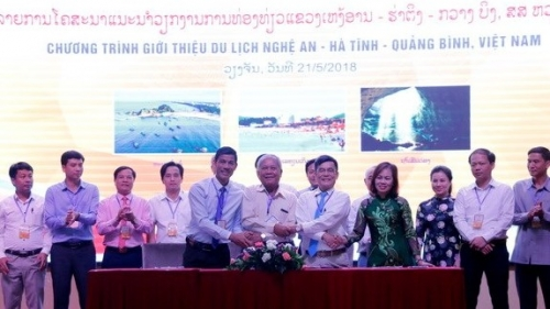 Vietnam's north central provinces promote tourism in Laos