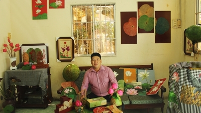 Dong Thap youngster works to promote Vietnamese lotuses to the world