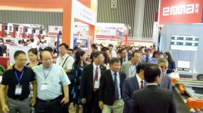 Shoes & Leather Vietnam exhibition attracts 700 businesses
