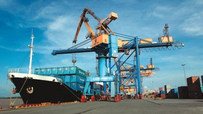 Vietnam makes effort to reduce logistics costs
