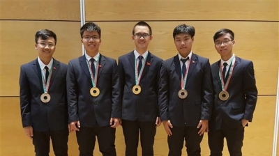 Vietnam bags two golds at International Physics Olympiad