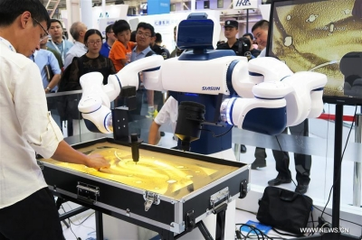 China Focus: Robot makers eye innovation to tackle challenges