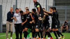 Marseille stunned by Eintracht, Sevilla hit five in Europa League