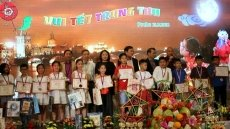 Mid-Autumn Festival held for Vietnamese children in Czech Republic
