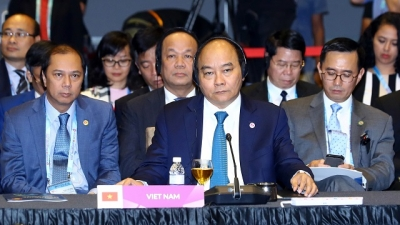 PM attends 20th ASEAN-RoK Summit