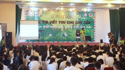 Vietnam Bear Day encourages youngsters to join hands in ending bear farming