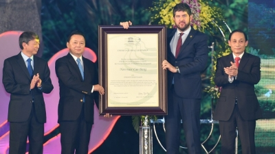 Non Nuoc Cao Bang Geopark receives UNESCO title