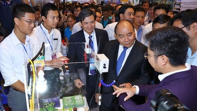 Prime Minister calls for higher start-up spirit among Vietnamese youth