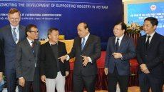 PM outlines major measures to boost Vietnam's supporting industries