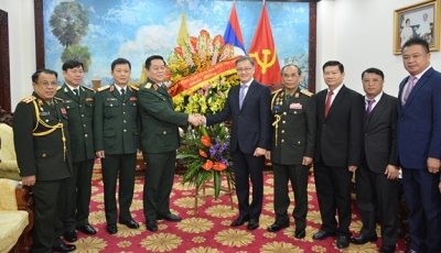 Vietnam congratulates Laos on army's 70th anniversary